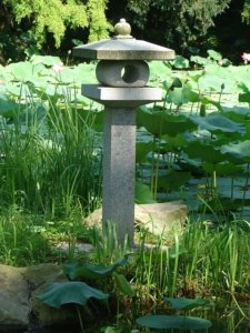Aufbau und die Funktionsweise einer japanischen Laterne